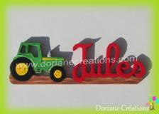 Prenom en bois avec tracteur
