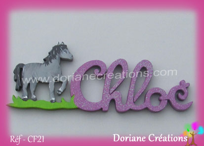 Prénom-bois-Chloé-cheval debout