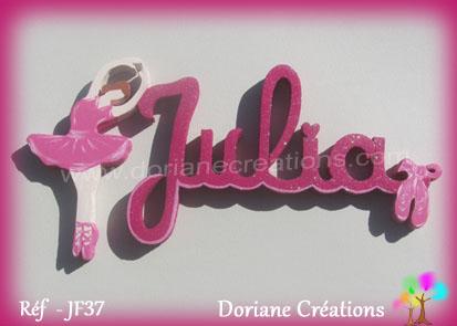 prénom bois Julia avec danseuse