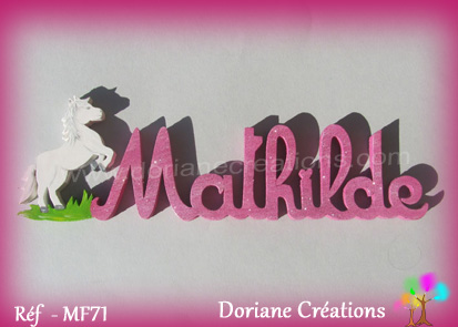 Prénom-bois-Mathilde-cheval