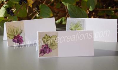06- chevalets de table peints à la cire thème raisins Réf.CT06