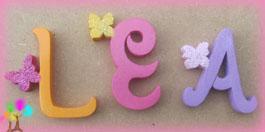 Lettres bois individuelles papillon1