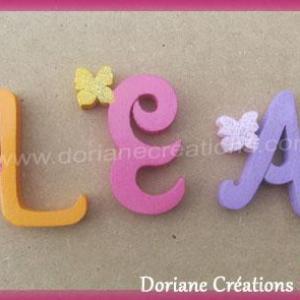 Lettres murales bois lea papillons