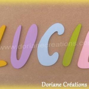 Lettres murales bois majuscules lucie willful