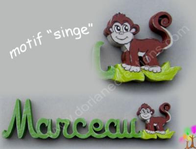 13- Motif prénom en bois singe