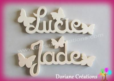 Prénom lettres bois naturel papillons