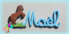 Plaque de porte prenom lettres en bois cheval cabre