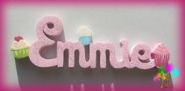 Plaque de porte prenom lettres en bois cupcakes