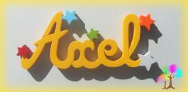 Plaque de porte prenom lettres en bois etoiles multicolores