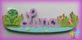 Plaque de porte prenom lettres en bois grenouille fille