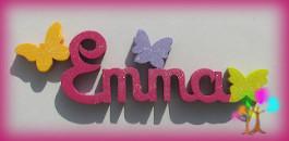 Plaque de porte prenom lettres en bois papillons unis