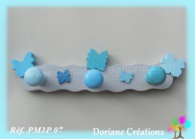 05 Portemanteau bois gris clair et bleu papillons
