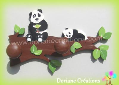 06 Porte manteau en bois branche avec 2 pandas