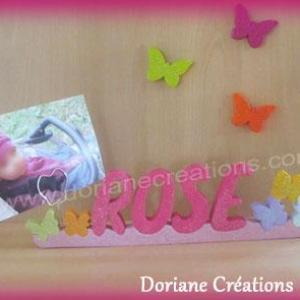 Porte photo prenom bois papillons paillettes