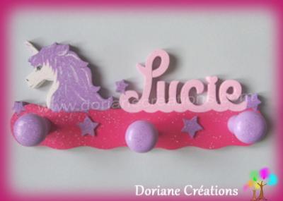 portemanteau avec profil licorne et prénom