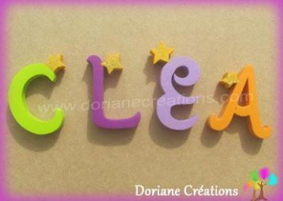 Lettres en bois étoiles CLEA
