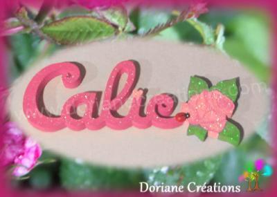 05 letttres - Prénom en bois avec rose