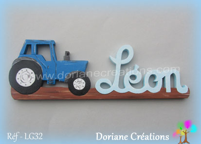Prenom en bois leon tracteur