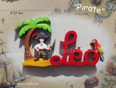 03 lettres – prénom en bois pirate et perroquet