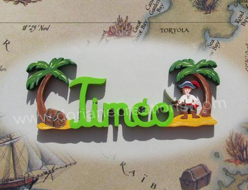 prénom en bois pirate avec épée et île au trésor
