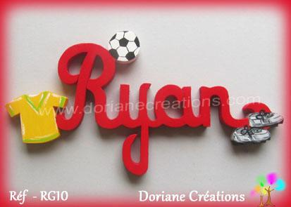 Prenom en bois ryan theme football 1