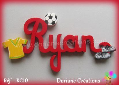 Prenom en bois ryan theme football