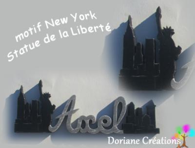 19- Motif prénom en bois Statue de la Liberté et buildings