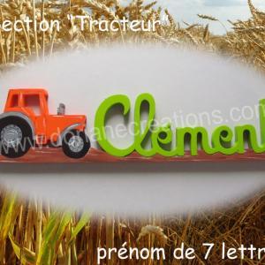 Prenom en bois tracteur 7l 1