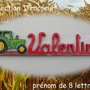 Prenom en bois tracteur 8l 2