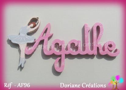 Prenom lettres bois agathe avec danseuse