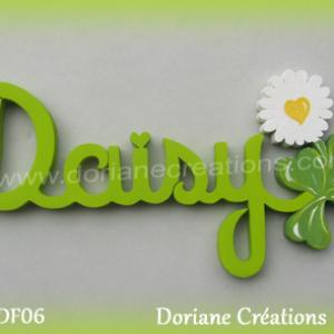 Prenom lettres bois daisy avec paquerette