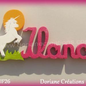 Prenom lettres bois ilana licorne