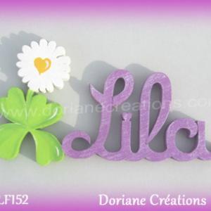 Prenom lettres bois lila avec paquerette
