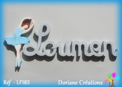 Prenom lettres bois loumen avec danseuse