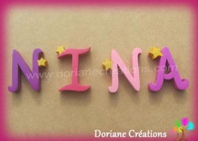 Lettres en bois étoiles NINA
