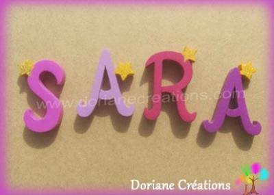 Lettres en bois étoiles SARA