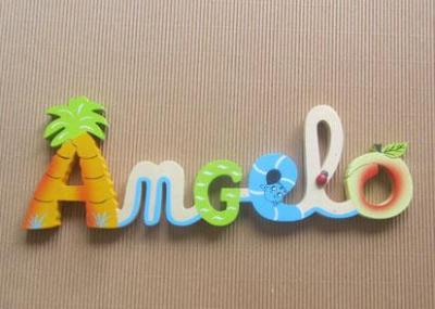 Prénom lettres en bois Angelo