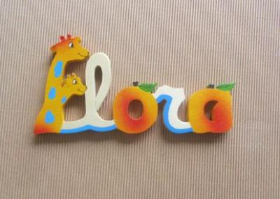 Prénom lettres en bois Flora