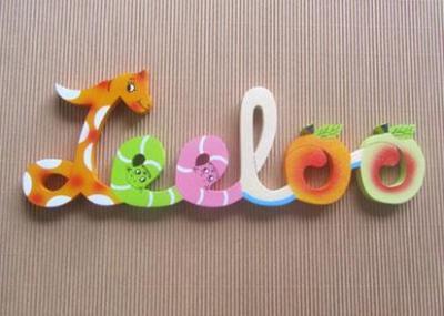 Prénom lettres en bois Leeloo